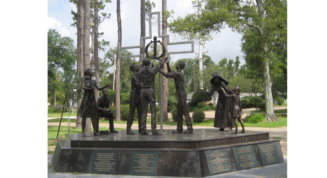 Together-we-can-monument-2